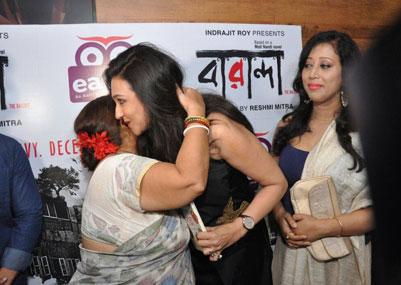 """নারী শক্তি আর রান্না মিলেমিশে গেল ঋতুপর্ণা সেনগুপ্ত এর """"বারান্দার"""""""