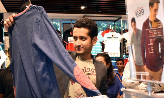 A walk around fbb store with parambrata chaterjee