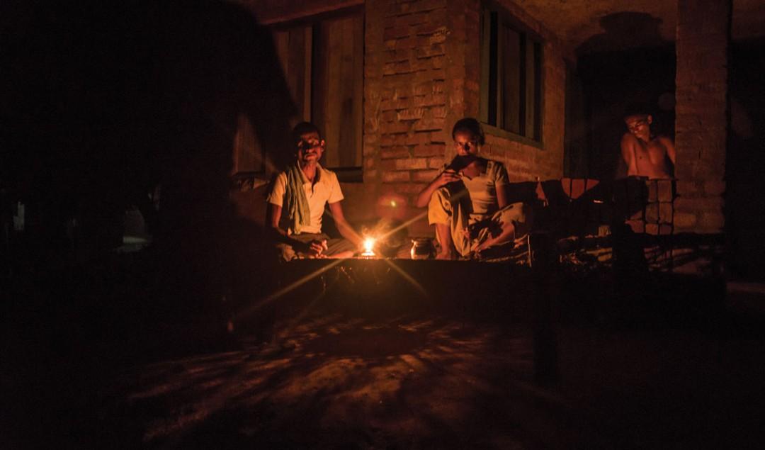 চাঁদের আলো ছাড়াও থাকবে বাল্বের আলো;বিদ্যুৎ সর্বত্র,পরিকল্পনা কেন্দ্রের