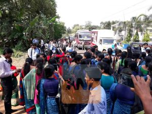Students protest against unaccounted money at Daspur B.Ed College