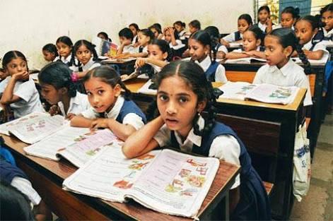 শিক্ষার্থীদের ক্লাসে নাম ডাকার সময় বলতে হবে 'জয় হিন্দ'