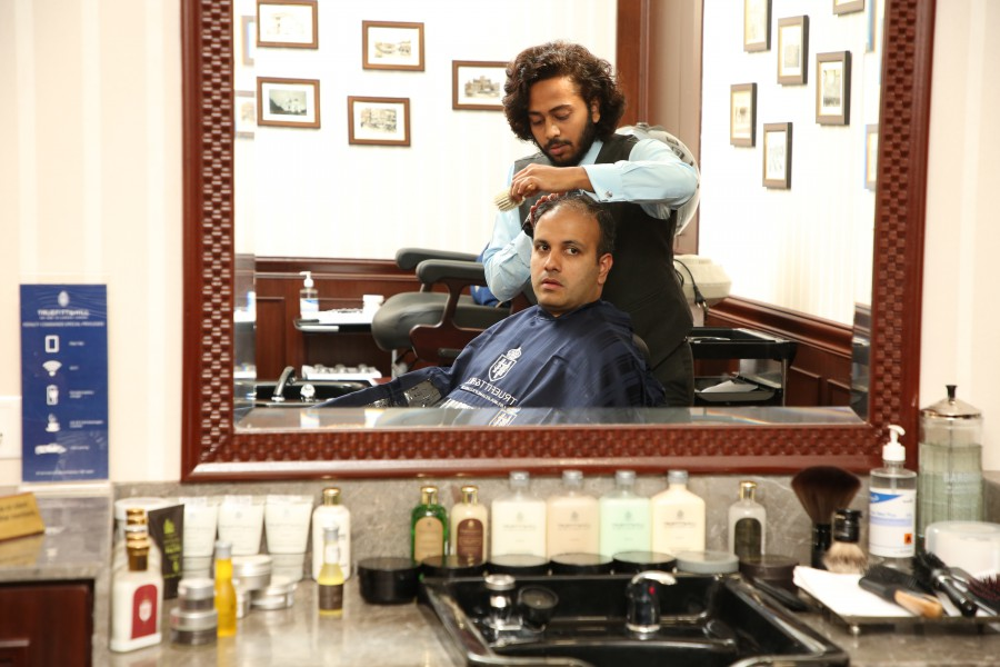 World's oldest barbershop from London, now in Kolkata