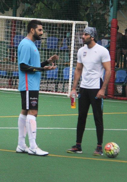 Football fever grips Ranbir, Abhishek