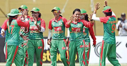 আবার নতুন ইতিহাস গড়লো বাংলাদেশ মহিলা ক্রিকেট দল