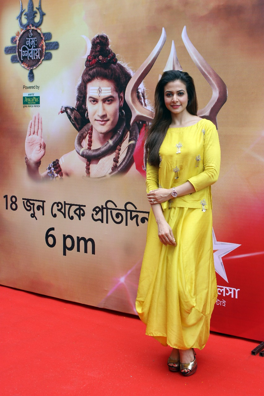 koel mallick flags off upcoming mythological show  'om namah shivay'