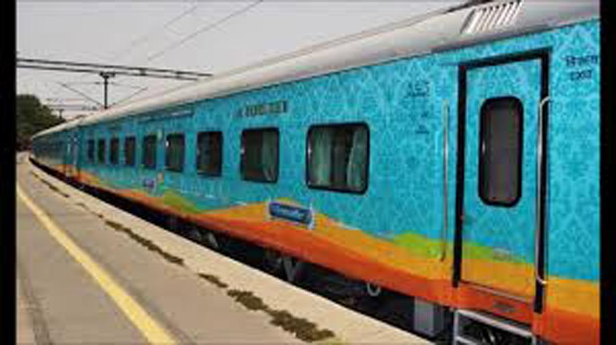 বাঙালীদের কাশ্মীর ভ্রমণের জন্য নতুন ট্রেন আনছে ভারতীয় রেল