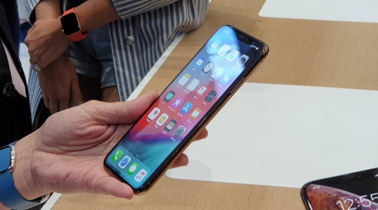 iPhone X এর থেকে iPhone XS কতটা আলাদা ?