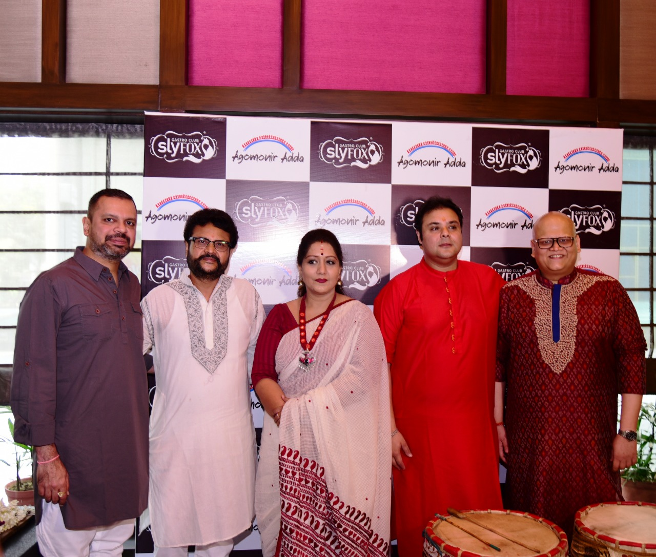 "Sly Fox Gastro Club welcomes ""Agomonir Adda"" and a special Pujo menu"