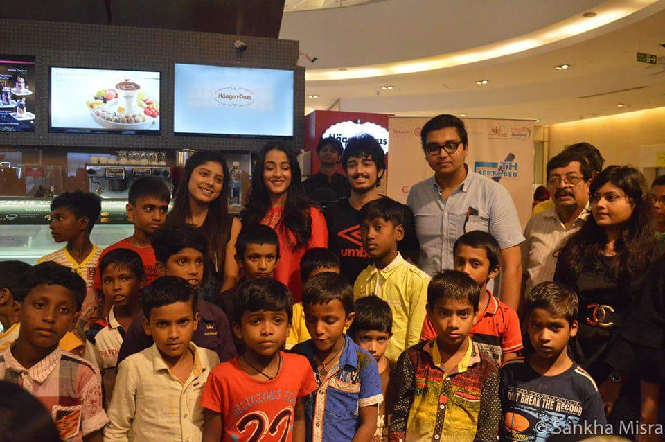 The Rotaract Club and Global Kitchens celebrated Teachers' Day with fifteen unprivileged kids from slums