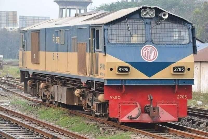বাংলাদেশ রেলওয়ের জন্য ৭০টি ইঞ্জিন কেনার চুক্তি সই