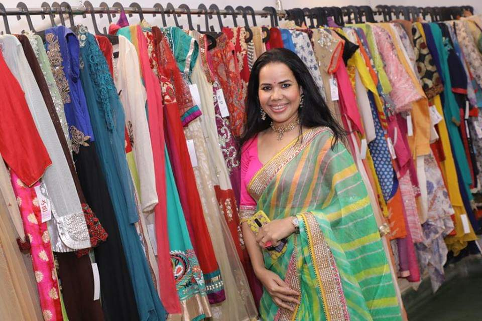 Model Jessica inaugurates a Preowned Multi-Designer Boutique 'Dil Se' at Lake Road