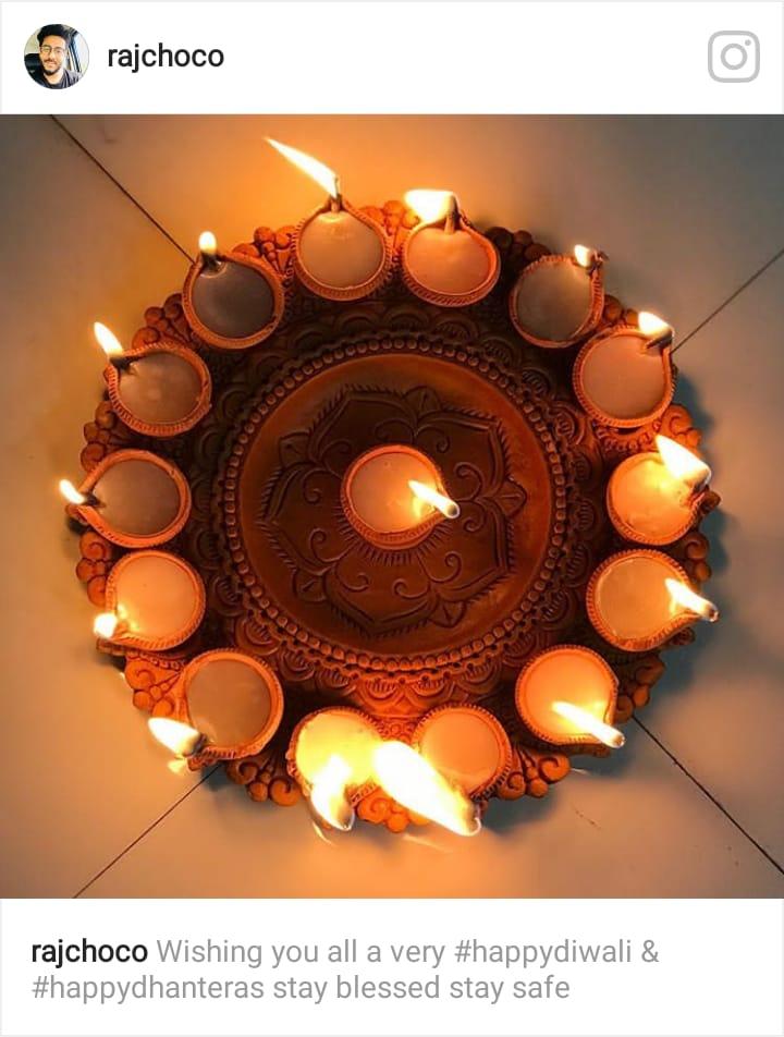 আলোর উৎসবে মেতে উঠছেন টলিপাড়ার ব্যস্ত শিল্পীরা