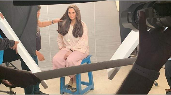 SANIA MIRZA REITERATES KESH KING AS AN EFFECTIVE SOLUTION – THIS TIME FOR POST-PREGNANCY HAIR FALL
