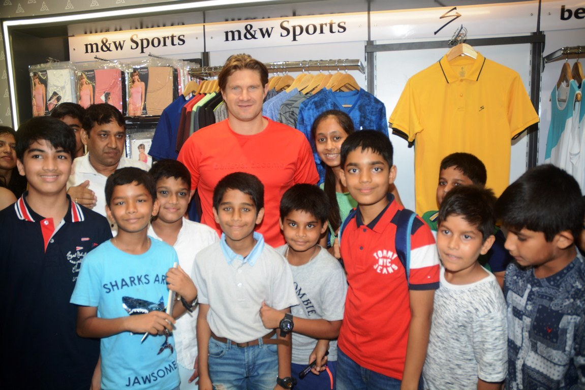Shane Watson launches SG Apparel Spring Summer 2019 Collection & 18 th Outlet of M&W at City Centre 2 Mall, Kolkata