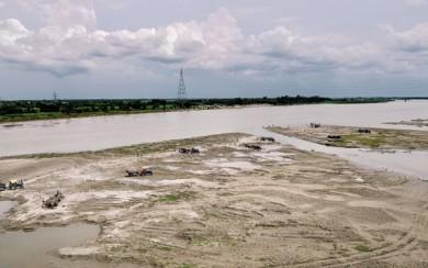 আত্রেয়ী নদী শুকিয়ে যাওয়ার জন্য দায়ী বাংলাদেশ : মমতা