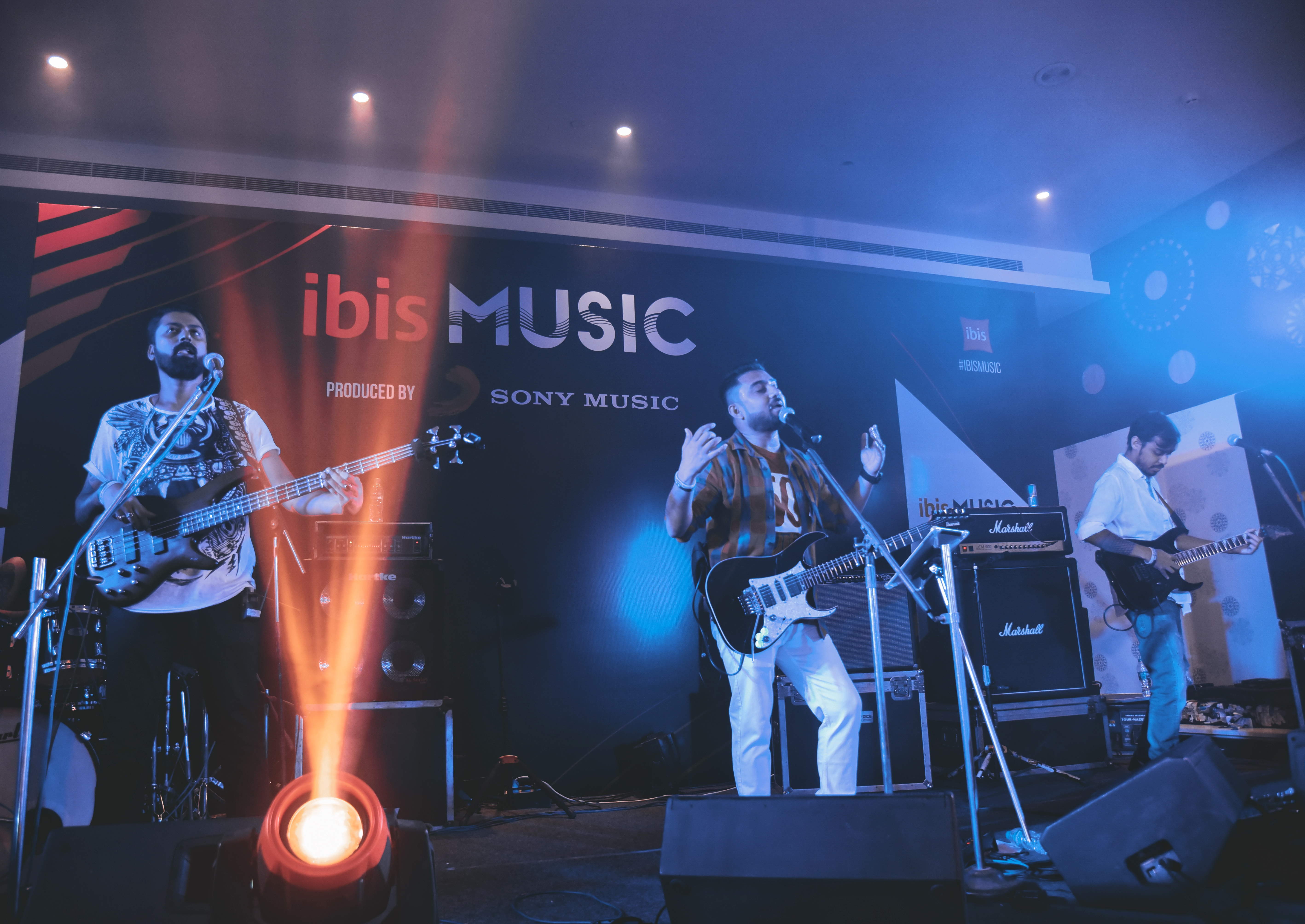 ibis Kolkata Rajarhat grooves to the music of 'M Sonic'