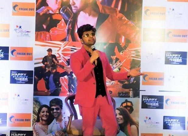 Himesh Reshammiya all set to perform in Kolkata for his upcoming movie Happy Hardy and Heer