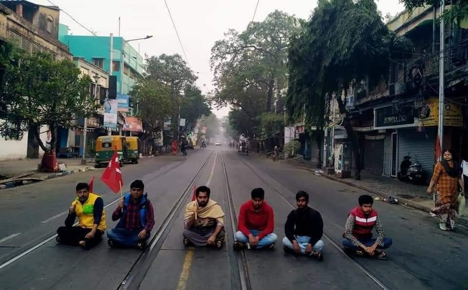 কলকাতায় বামেদের ডাকা বনধের প্রভাব