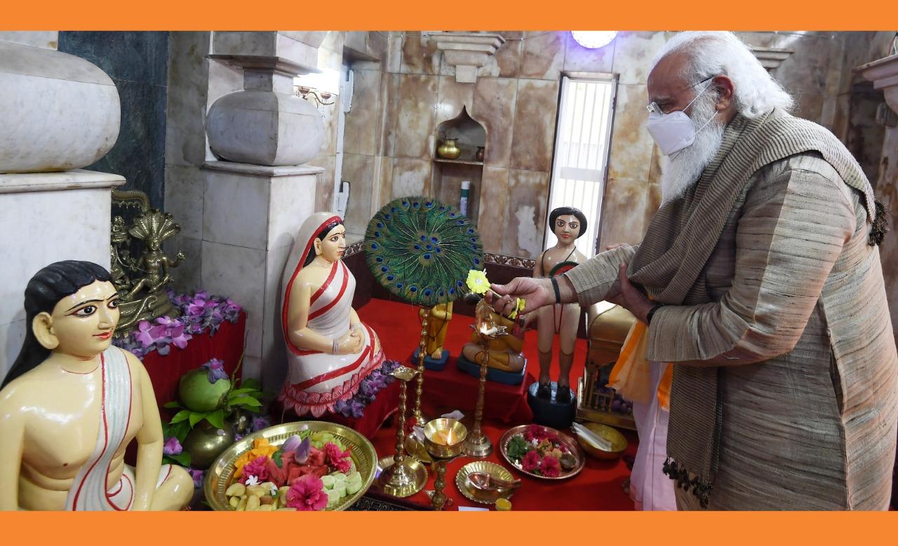 🇧🇩 মতুয়া সম্প্রদায়ের মন্দির পরিদর্শনে প্রধানমন্ত্রী মোদী