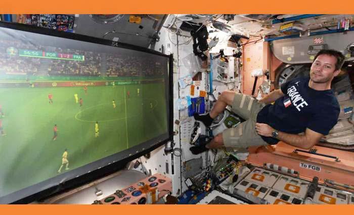 ইন্টারন্যাশনাল স্পেস সেন্টার থেকেও ফুটবল ম্যাচ দেখছেন নভোচারীরা
