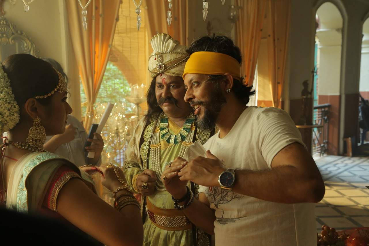 "Neil Dasgupta's ""Brainspun"" creates memorable ad campaign during pandemic"