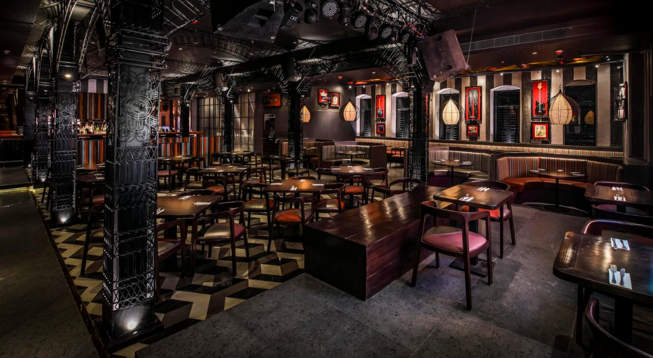 AS THE CITY OF JOY GETS READY TO USHER IN THE FESTIVE SPIRIT, HARD ROCK CAFE KOLKATA RE-OPENS  ITS DOORS